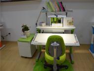 儿童桌椅绿色