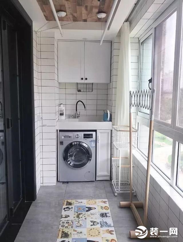 2019装修风格流行趋势--小户型洗衣房图片